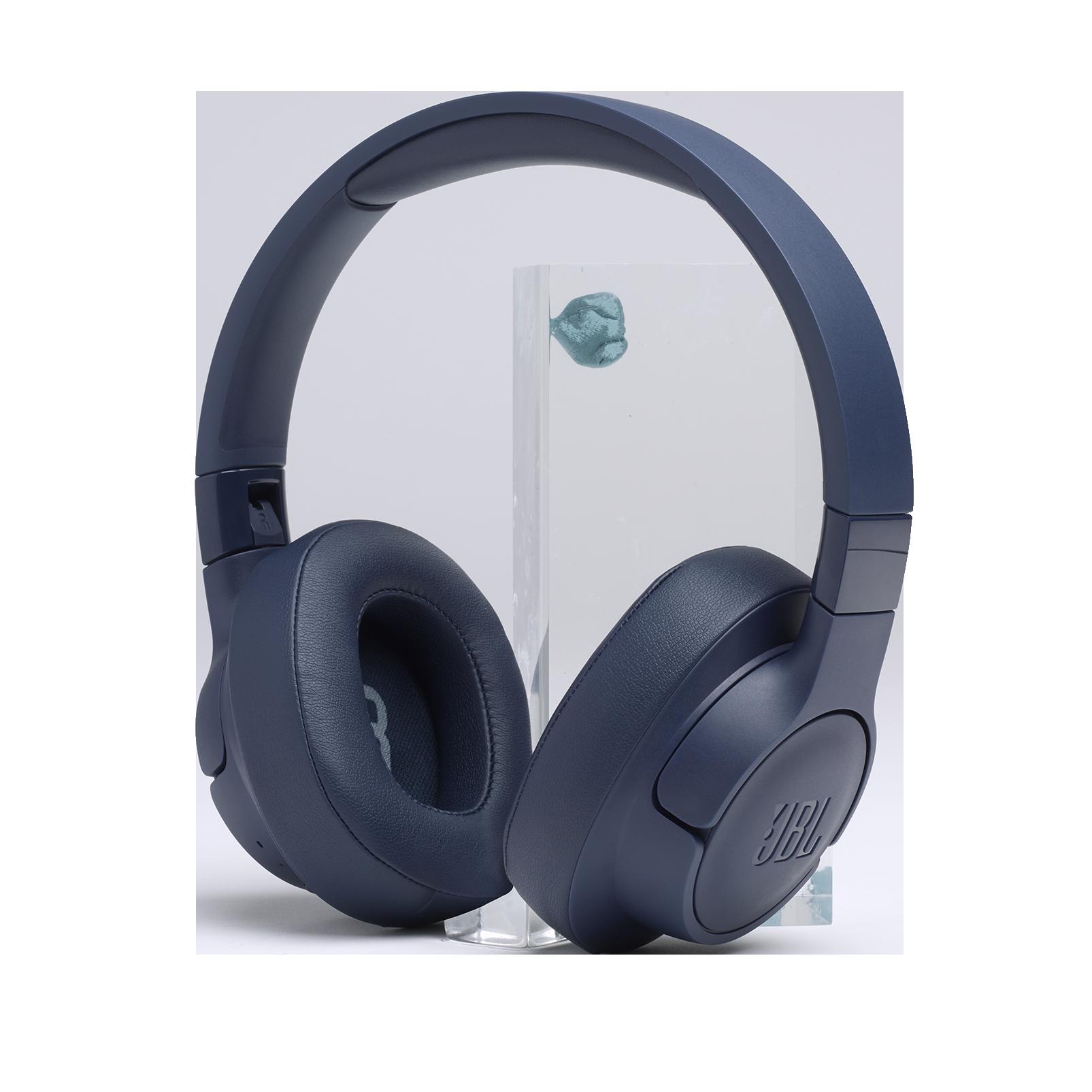 JBL TUNE 700BT - Blue - Wireless Over-Ear Headphones - Detailshot 6